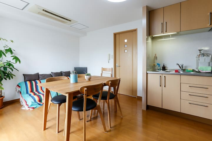 Gorgeous & Convenient 2BR APT 8-15min from Shibuya - Shibuya - Appartement