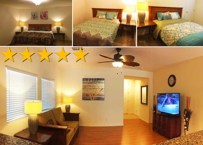 New four-room house guard - Las Vegas - Dům