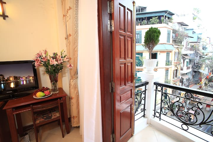 Balcony suite in Hanoi Old town - Hanói