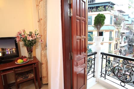 Balcony suite in Hanoi Old town
