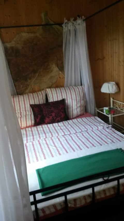 Abenteuer Kleine Jagdhütte am Wald, 2 Räume