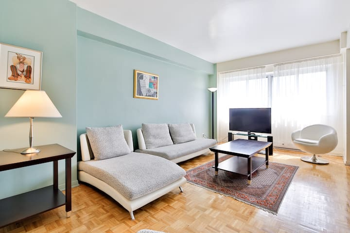 Charming 1 bdr easy access! - Mont-Royal - Apartemen