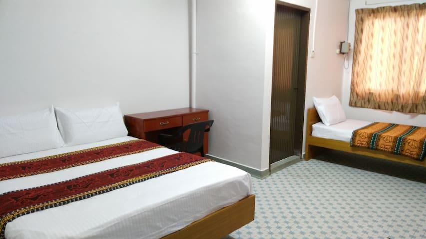 Xing An Hostel Triple Room - Muar - Hostel