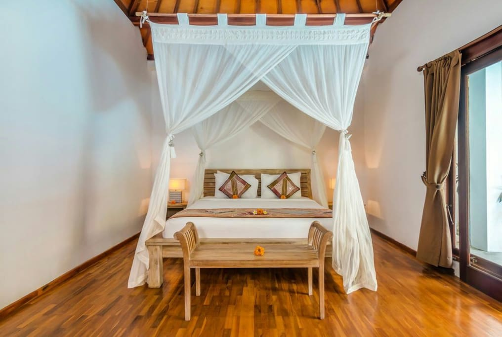 Villa Bisi in the heart of Seminyak