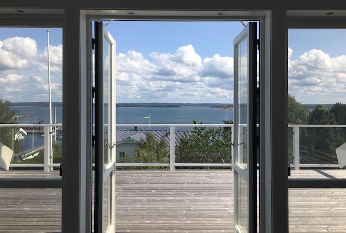 Villa Rose Hill - Bohemian Chic Oceanfront Getaway