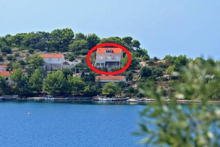 One bedroom apartment with terrace and sea view Skrivena Luka, Lastovo (A-8280-a) - Skrivena Luka