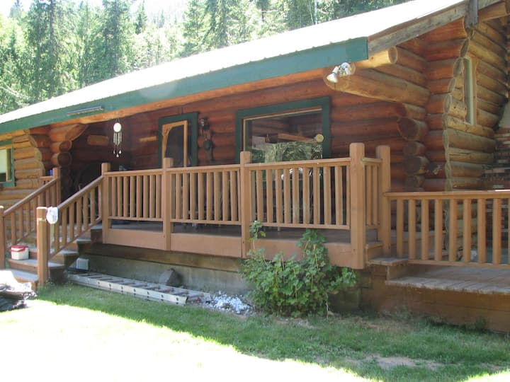 Beautiful, quiet, and private log home