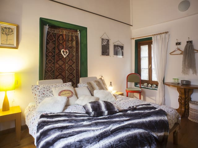 15 minutes from Varenna traditional italian BnB - Abbadia Lariana - Bed & Breakfast