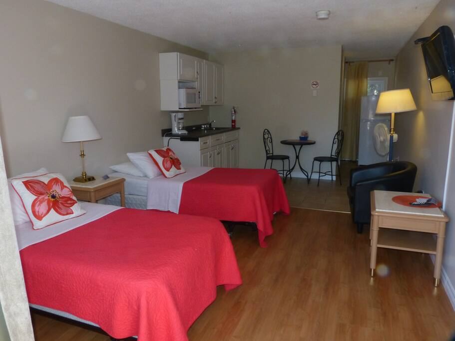 Studio room with 2 twin beds - only one avail like this, ask if you are interested.