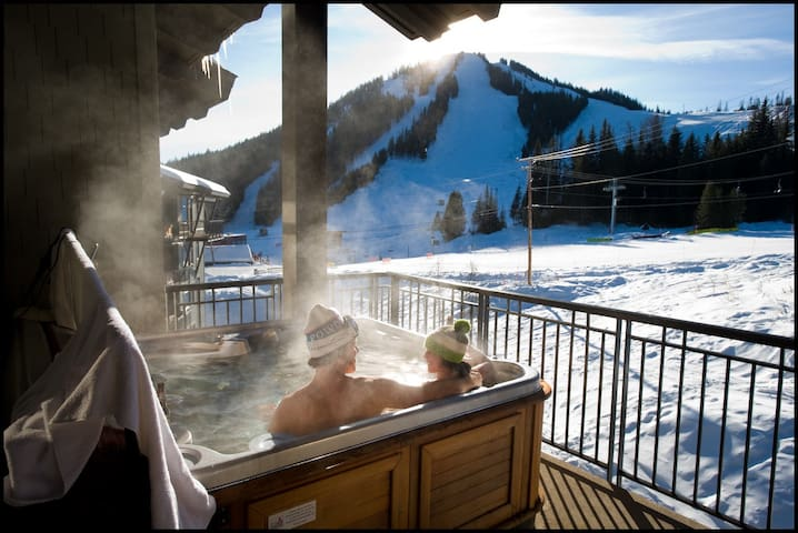 Hot tub *please note not all units are slopeside!