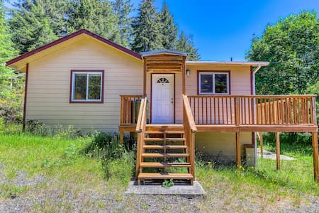 Secluded & comfortable dog-friendly home w/ a deck plus ATV/boat parking!