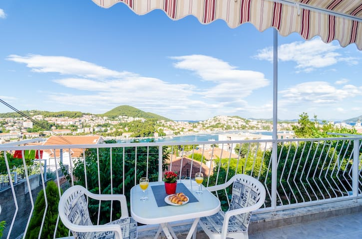 Apartment Lino-Superior 1bedroom Balcony&sea view