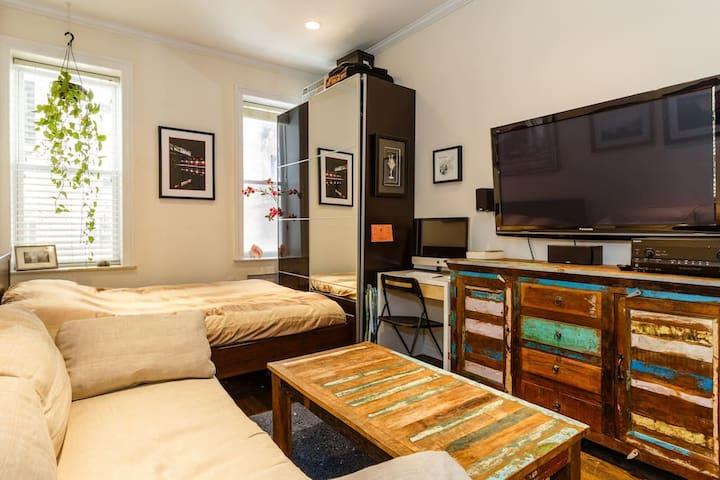 Comfy & Central East Village Studio