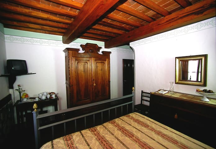 LOCANDA TINTI B&B Double Room 5 - Diacceto