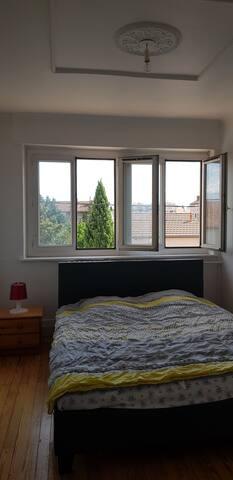 32m apartment
