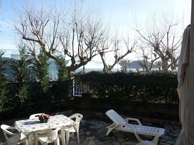 Appartamento vista mare Albenga - Albenga - Flat