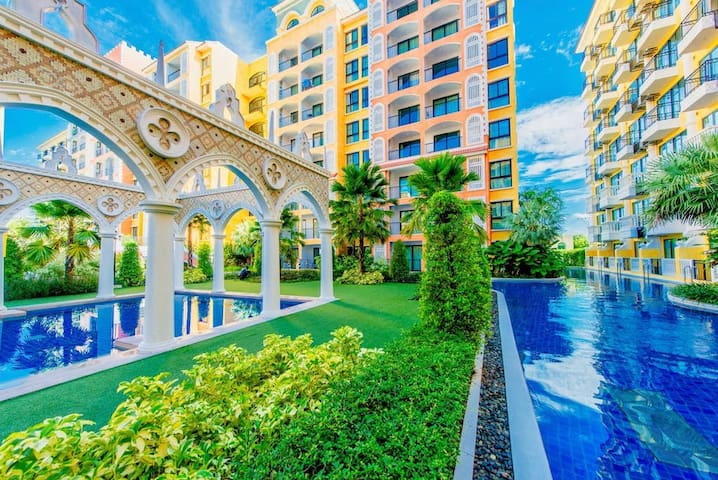 Waterpark apartment with river side, perfect for kids
