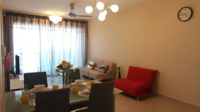 Fully Furnished Designer Suites at Publika SOLARIS