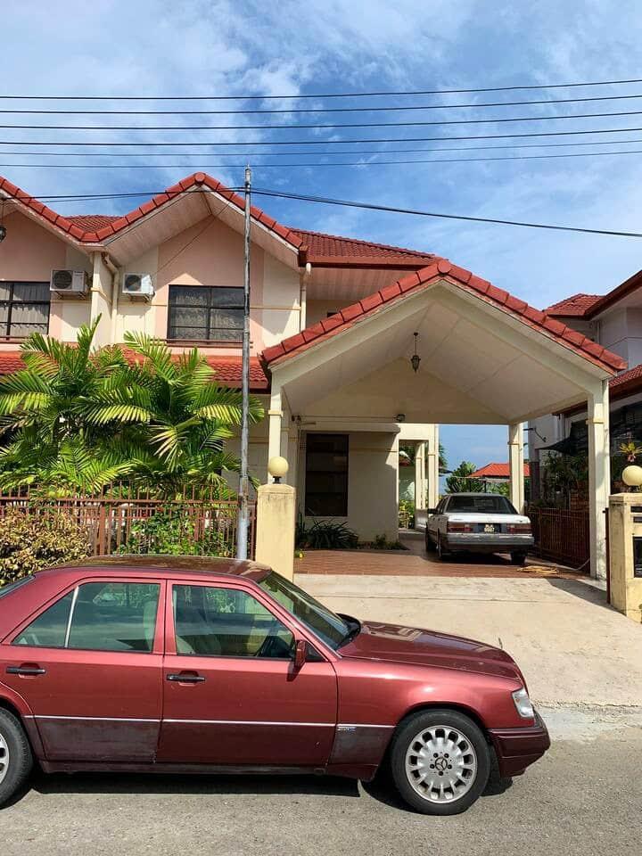 Beach Resort at Palm Beach Villa