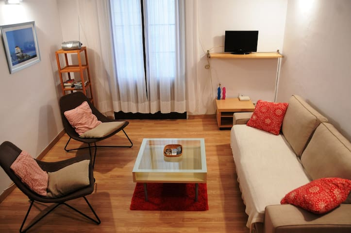 Cosy flat with Rental Licence in the heart of Bcn