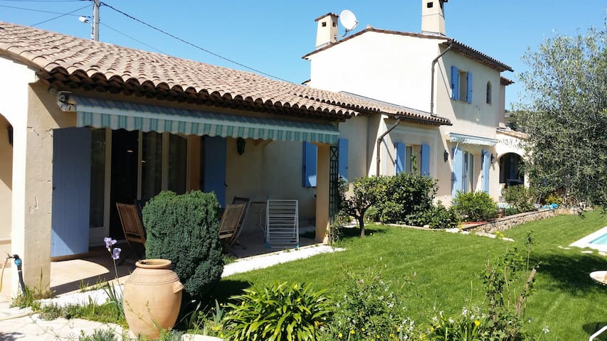 VILLA in peace and close to CANNES  (5 min)