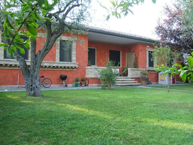 Appartamento Villa S. Caterina - Mogliano - Apartemen