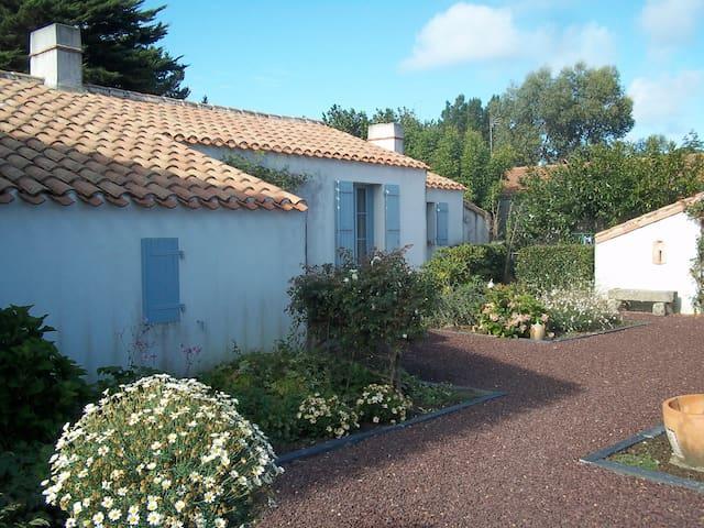 Villa proche de la mer - L'Île-d'Olonne - Dom