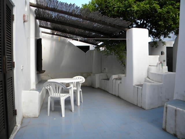 eolian tipical house - Lipari - House