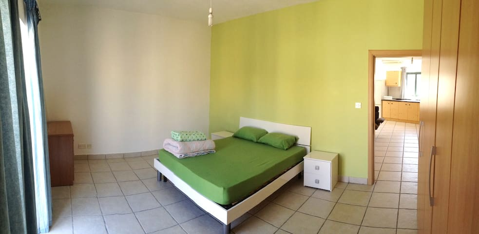 Spacious Room with Balcony for rent