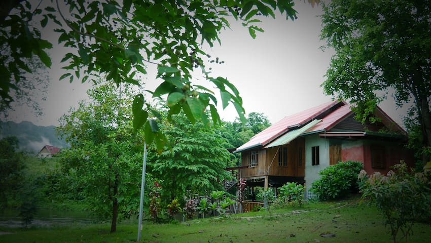 BaanRaiKhunYa l Hanging Cottage 2Bedroom - Nong Pling - Hut