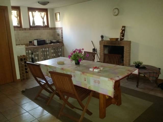 Studio close to train station - Rom - Bed & Breakfast