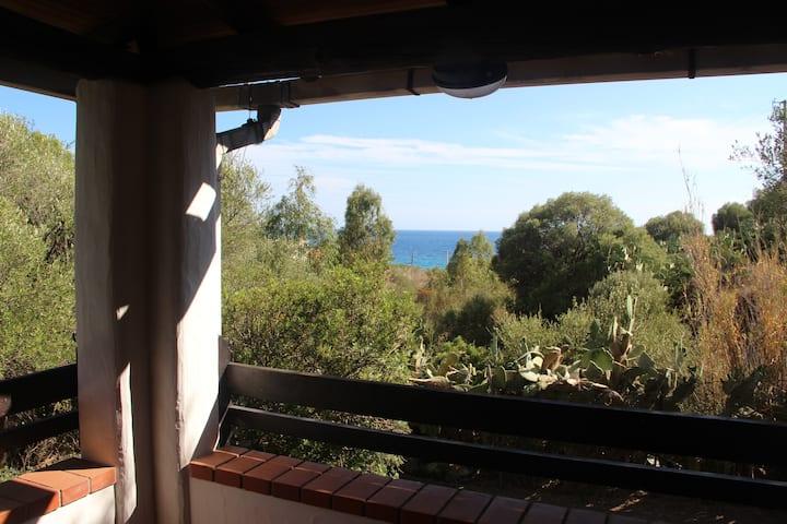 Villa panoramica mare Is Mortorius