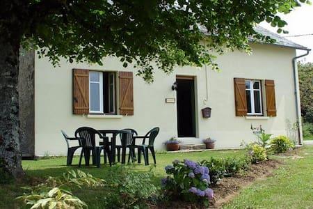 La Nouvelle Vie. (In the Limousin). - La Croisille-sur-Briance