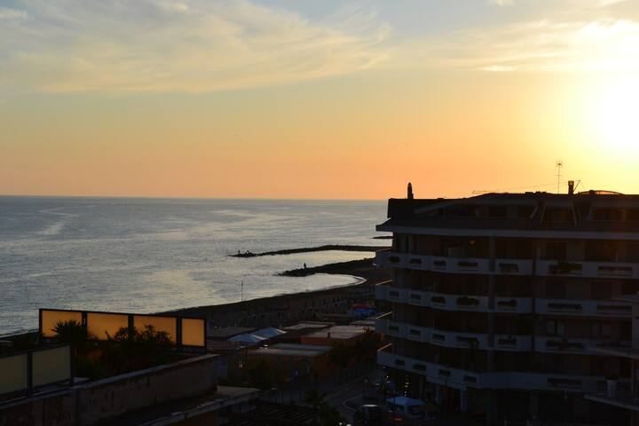Penthouse on seafront near Rome - Ladispoli - Daire
