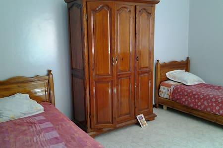 Belle chambre chez l habitant - Berrechid - Bed & Breakfast