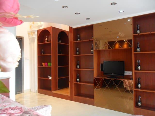 古典酒柜风格复式精装套房 1至2人首选 - Shanghai - Appartement