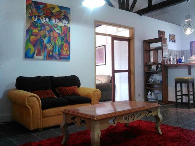 flat with 3 bedroom - Douala/bonapriso/bell - Apartment
