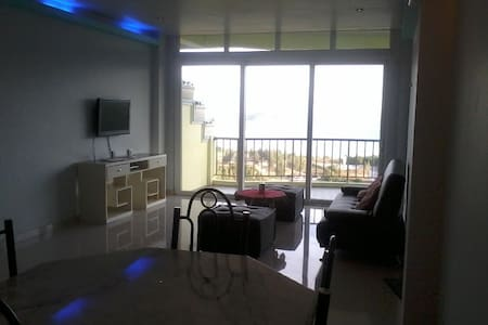 Sunset Bay View Deluxe Unit B - Subic Zambales