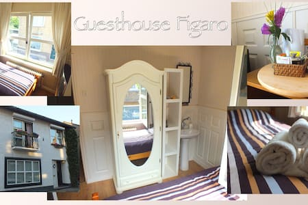 Room type: Private room Bed type: Real Bed Property type: House Accommodates: 1 Bedrooms: 1 Bathrooms: 0