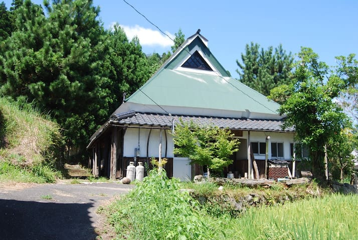 Mountain Farmhouse Getaway Taki-Ya - Takashima - Casa