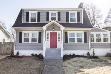 Newly renovated Cozy 3BR/2BA Home