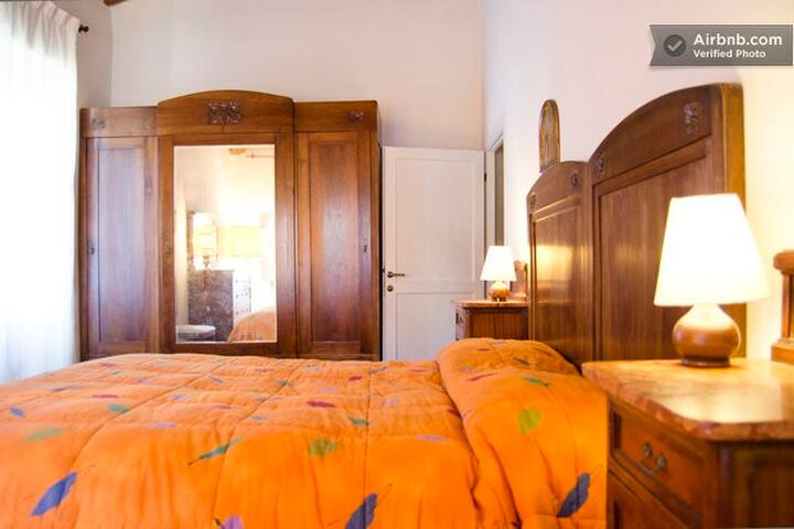 B&B  18km from Florence-Double Room - Rignano sull'Arno - Bed & Breakfast