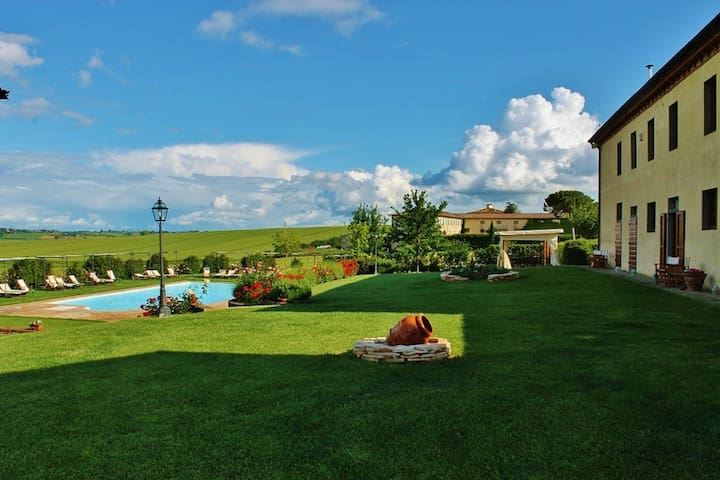 Apartment ina nice Farm-Holiday. - Castiglion fiorentino