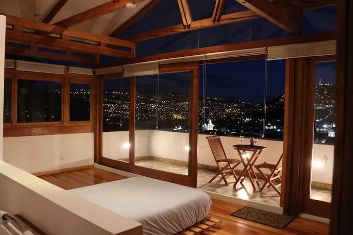 Artist appartment historic center - Quito - Pis