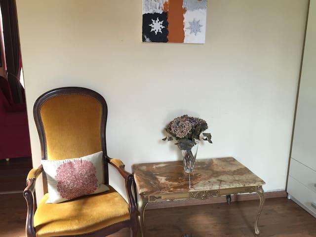 Spacious house 40 mins from Paris - Aumont-en-Halatte - Talo