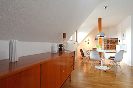 Charming apartment with retro flair - Forchheim - Lejlighed