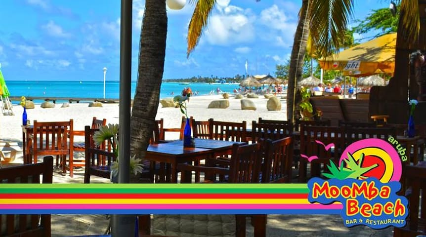 Moomba beach is a fun place to have lunch or dinner right at the beach. Enjoy live music in the weekends.