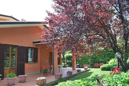Appartamento indipendente in villa vicino Roma - Fonte Nuova