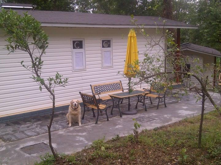 Cottages in Orchard - Delish Cafe