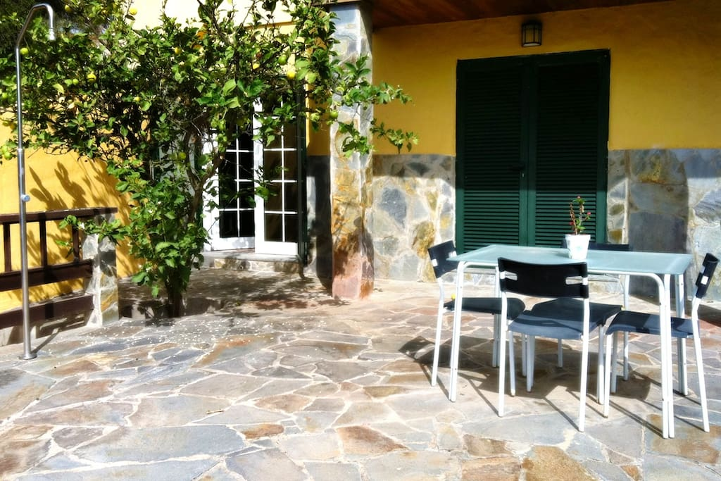 Finca Margot Kela´s Cottage, with its own private terrace just for the guests to use.